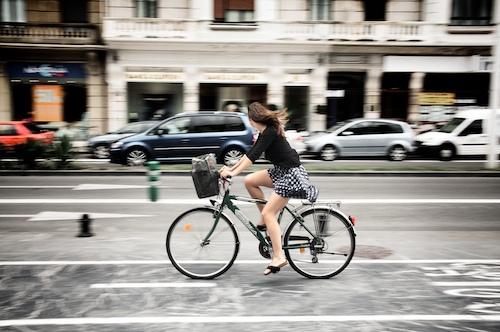 La chica de la bici