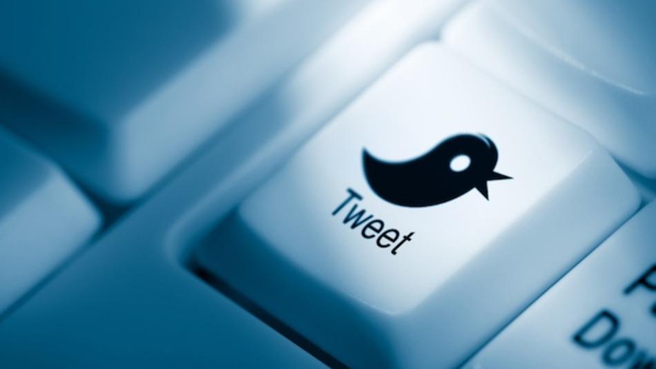 event-tweet