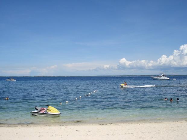 stockvault-tambuli-beach---cebu-philippines101356